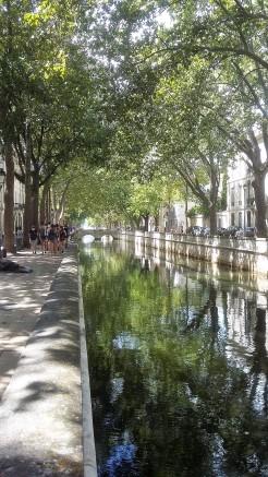 Nîmes - Quai de la Fonatine