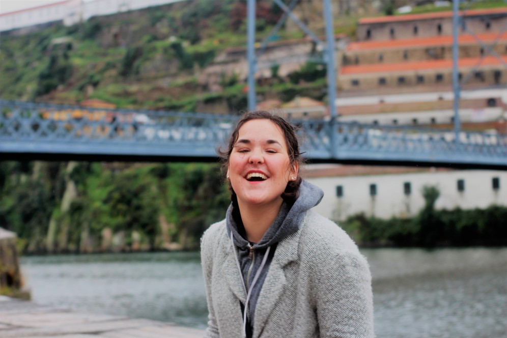 Happy as a kid while travelling alone in Porto