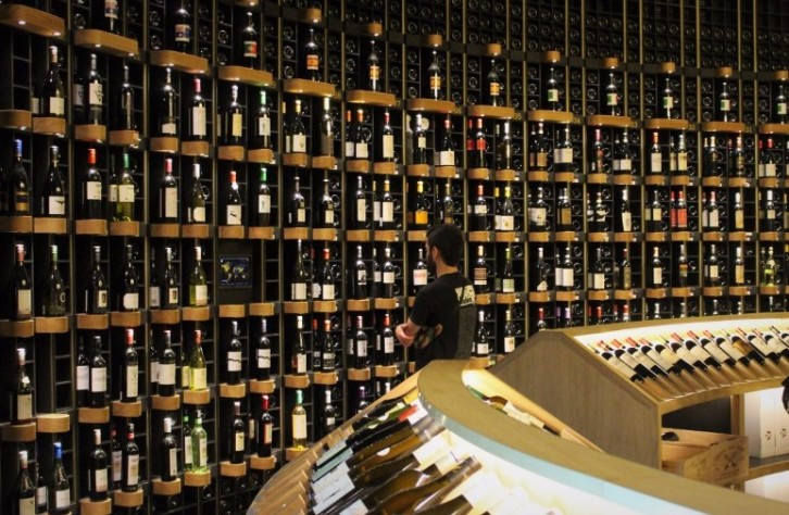 Talking about wine, this is the wine shop sent straight from wine heaven.