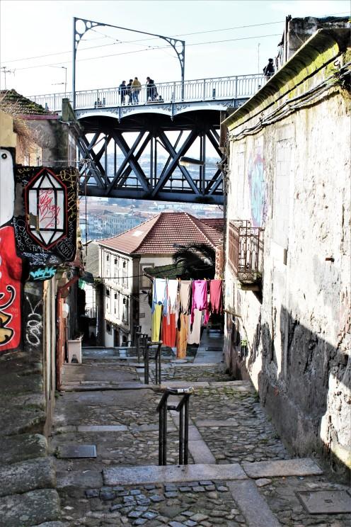 Porto - Laundry pt. 2