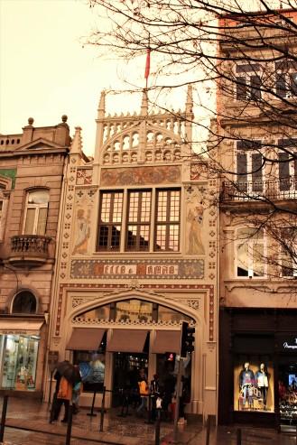 Porto - Livraria Lello Facade