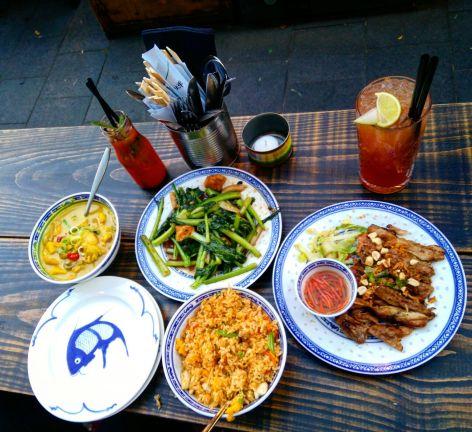 Dinner at Little V, right next to the Laurenskerk.